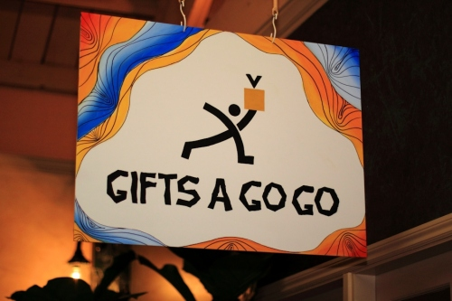 Gifts A GoGo Sign